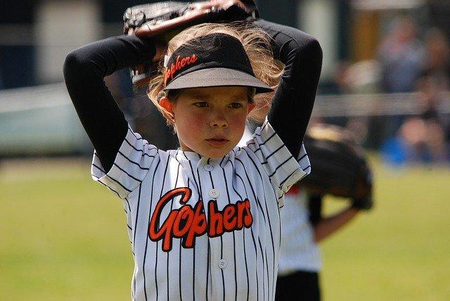 hraní softballu