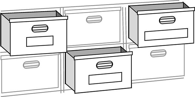 otevřené zásuvky
