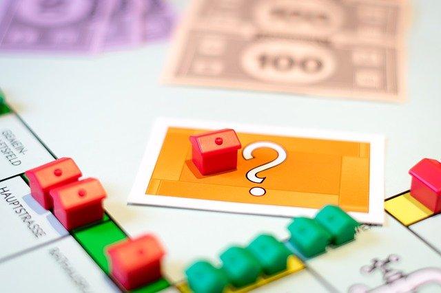 hra s nemovitostmi