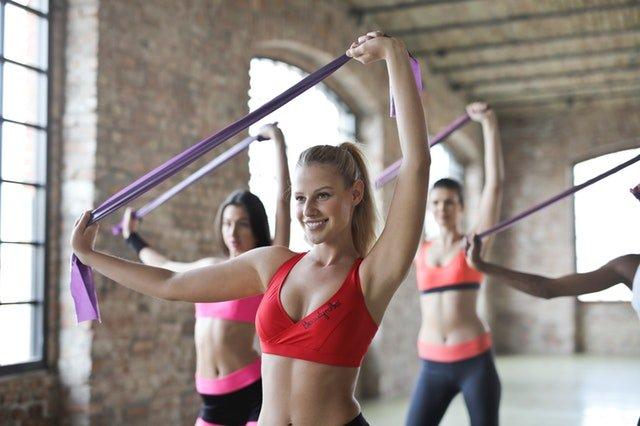 ženy při cvičení