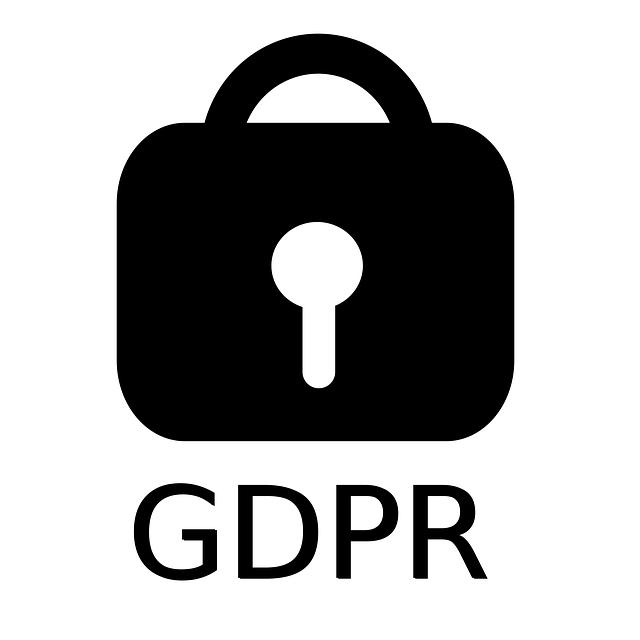 černý zámek na bílém pozadí s nápisem GDPR