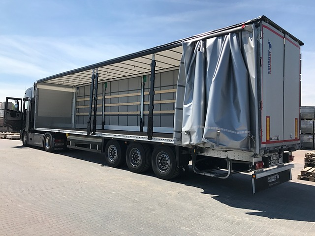 prázdný kamion
